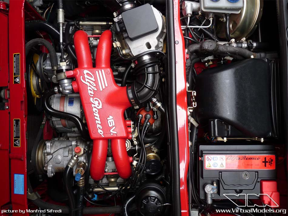 Alfa Romeo 33 engine | Manfred Sifredi / Australia