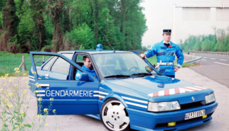 Renault R21 Turbo Gendarmerie | photoshop chop by Sebastian Motsch (2017)
