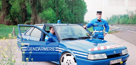 Renault R21 Turbo Gendarmerie | photoshop chop by Sebastian Motsch (2017)